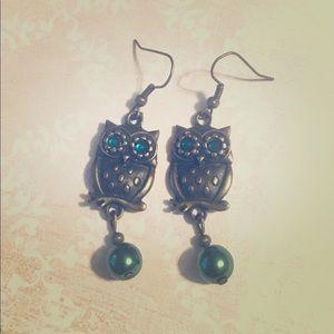 Jewelry - 💖✨Green Antique Bronze Owl Earrings✨💖